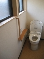 トイレ 改修後 手摺の取付け 段差解消