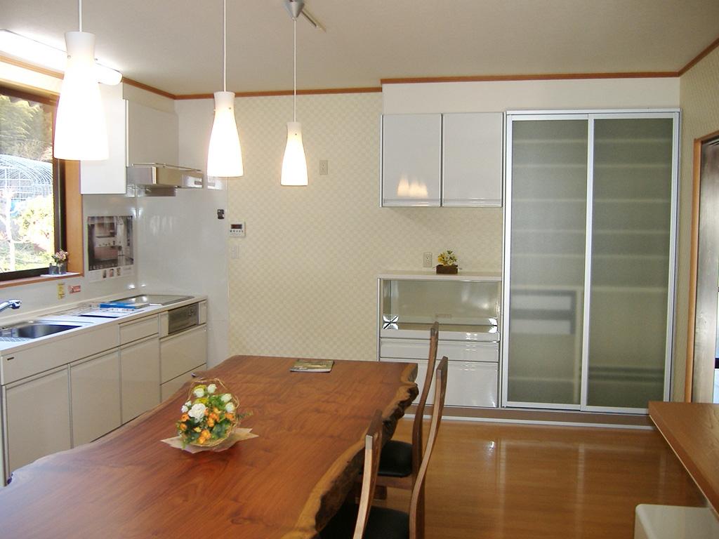 古民家風新築住宅:食堂・台所