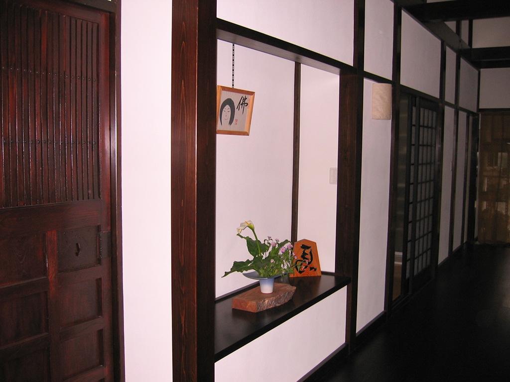 古民家風新築住宅:玄関ホール