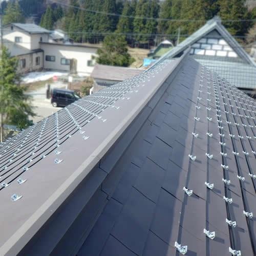 屋根融雪システムの施工