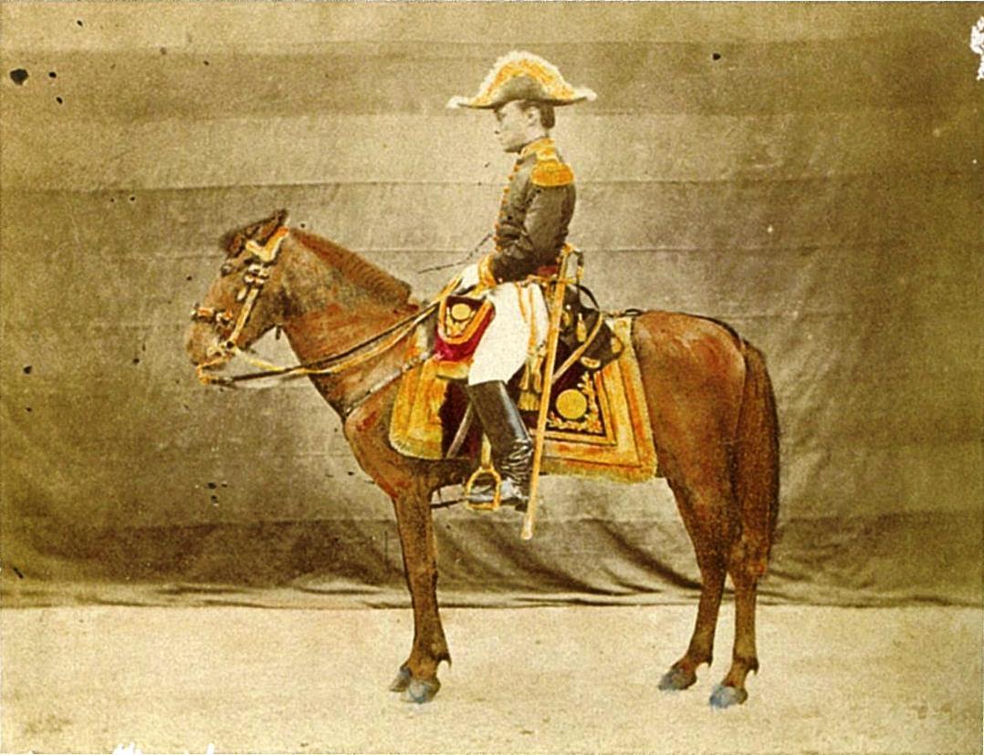 ナポレオン三世より賜った馬と乗馬服を着用した慶喜