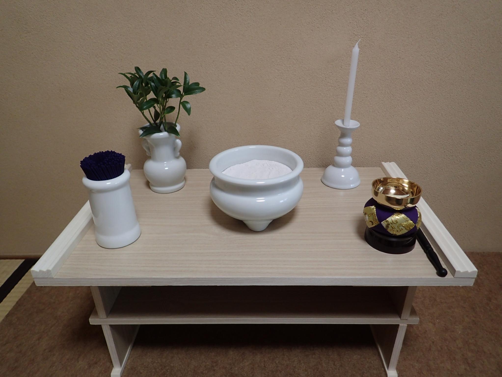 和室(枕飾り)