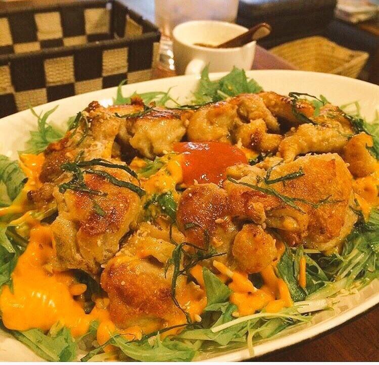 梅しそ鶏のコチュマヨ丼