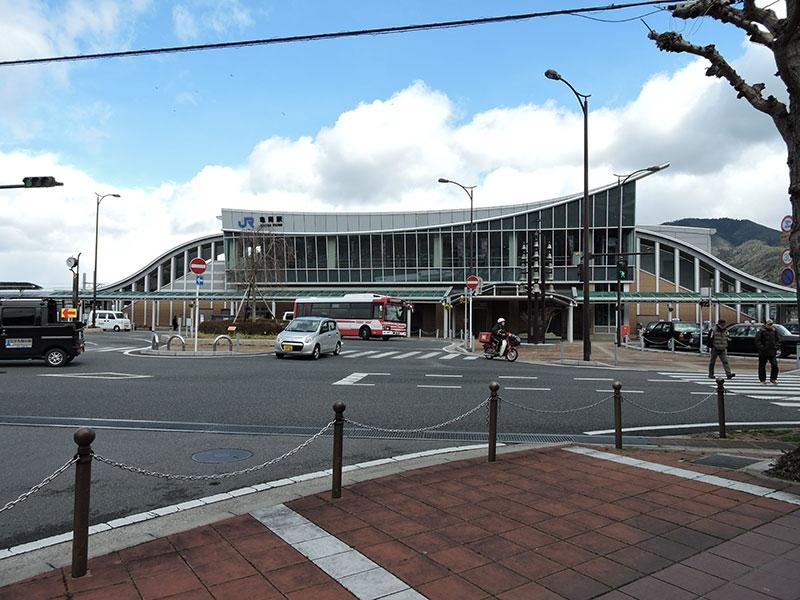 JR亀岡駅