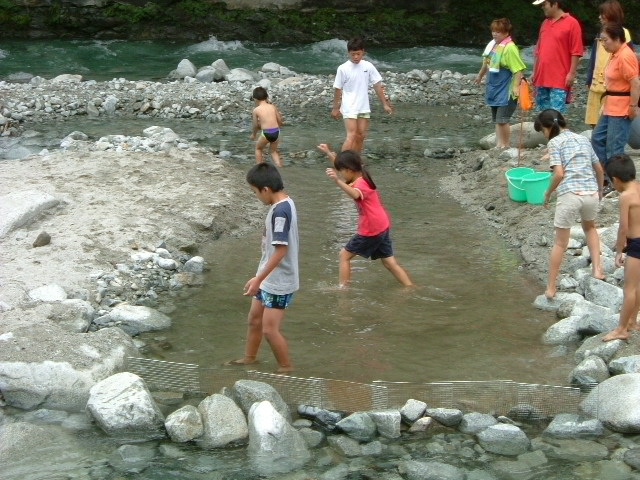 子供用川遊び場2