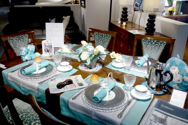 ティファニーで朝食を_テーブルコーディネート