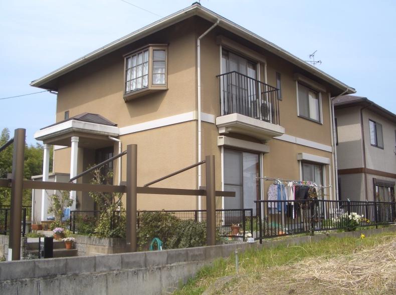 滋賀県竜王町松ヶ丘外壁・屋根塗替え前