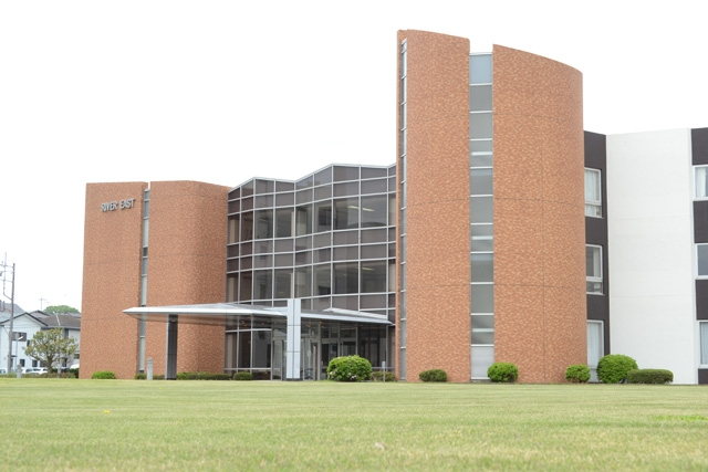 介護老人保健施設リバーイースト 施設外観