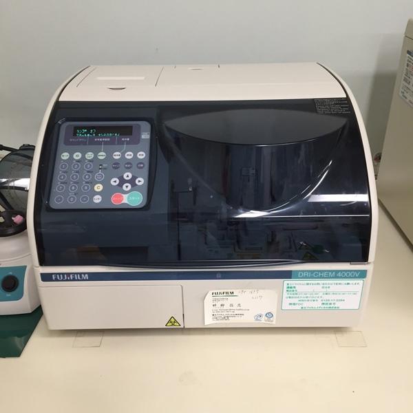 かみた動物病院 生化学検査機