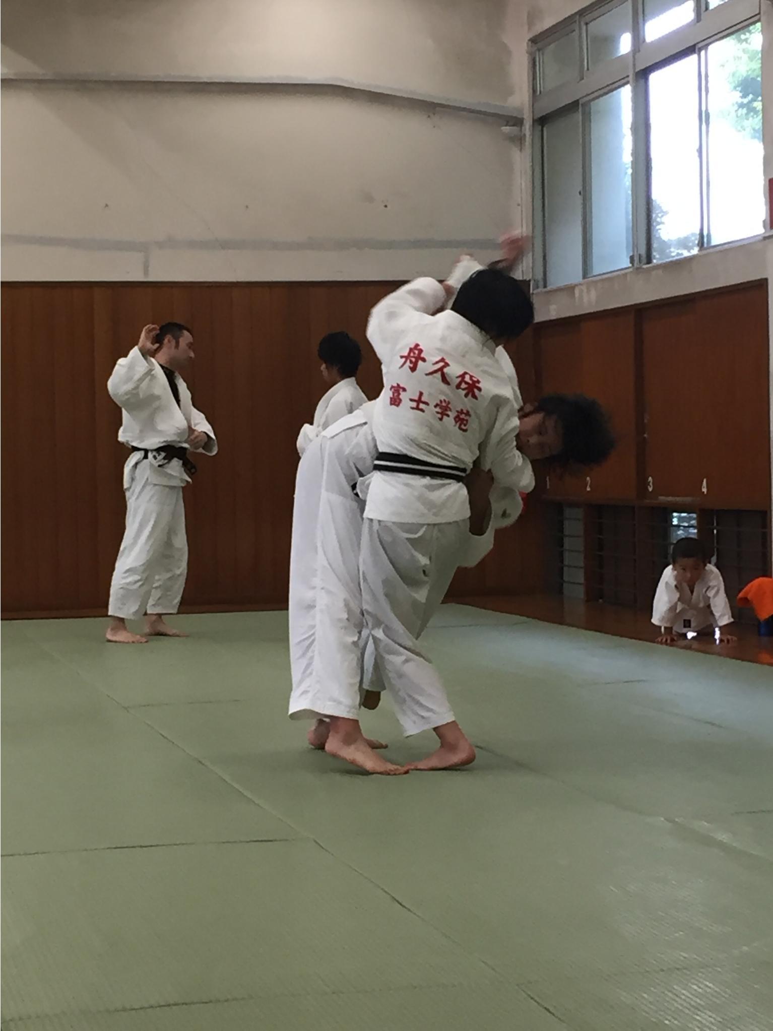 富士学苑矢嵜先生、舟久保選手来場!