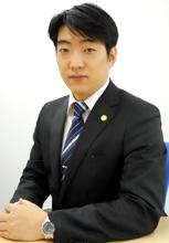 岡本_弁護士法人かながわパブリック法律事務所