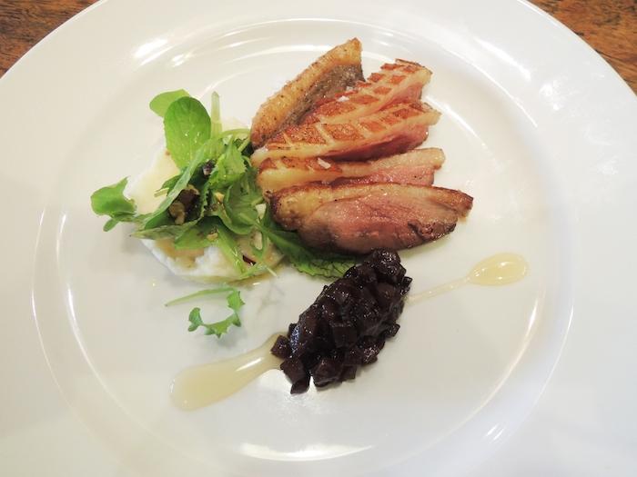 鴨肉のソテーバルサミコ風味