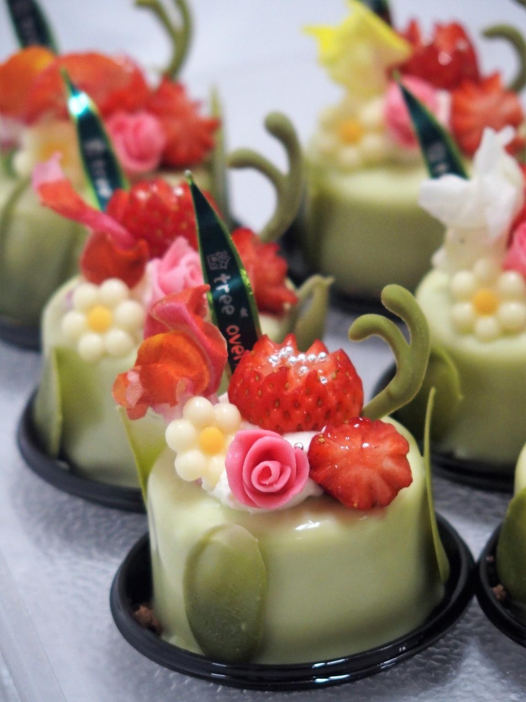 幸せの花束 リクエストケーキ1