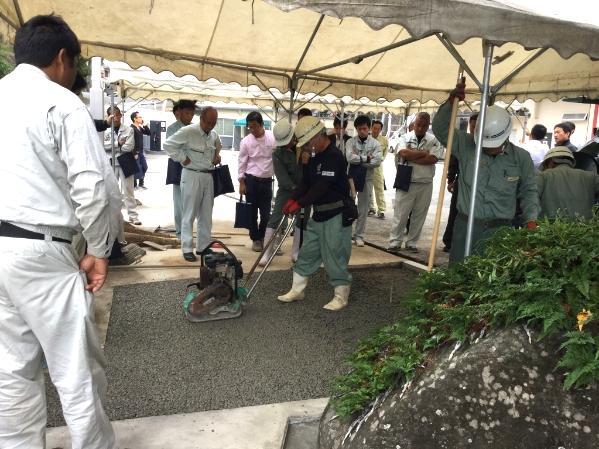水たまりのできないコンクリート(DRY TECH)施工体験会を開催しました!