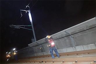 新幹線 電柱巡回作業