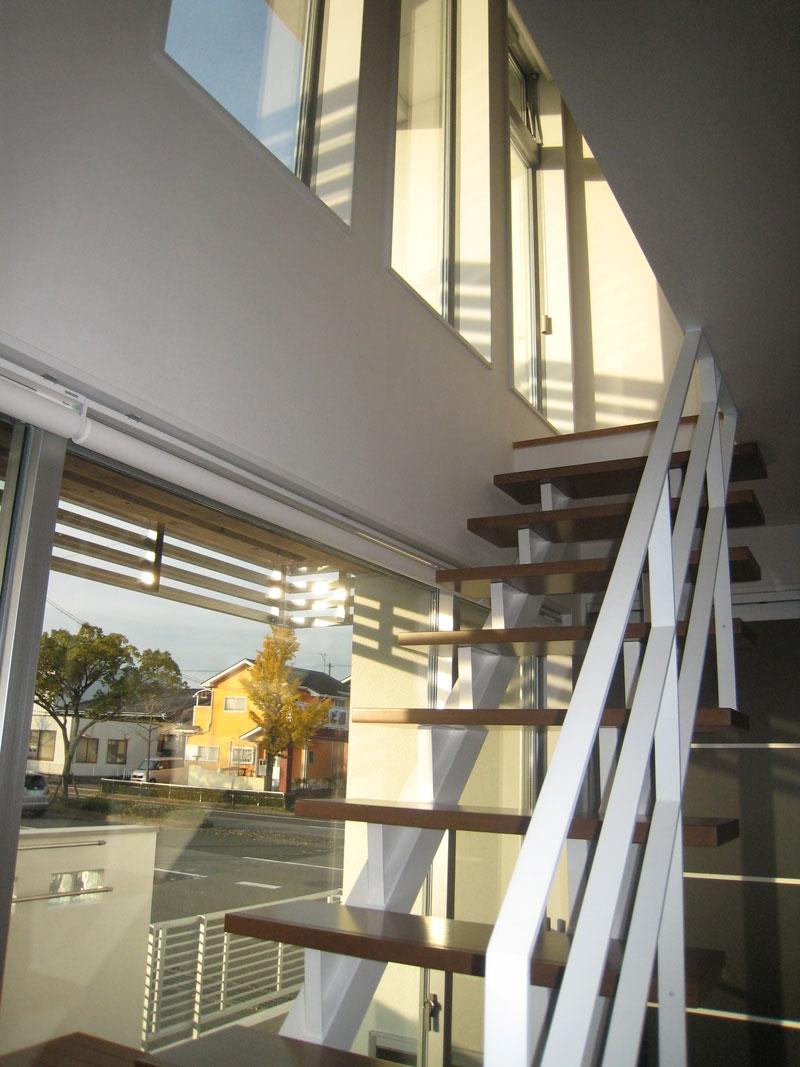 白い箱の家_階段