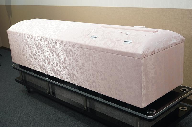 高級布張棺ピンク