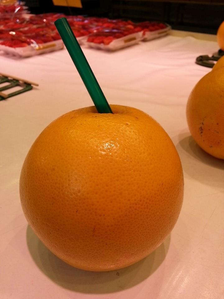 100%グレープフルーツジュース!