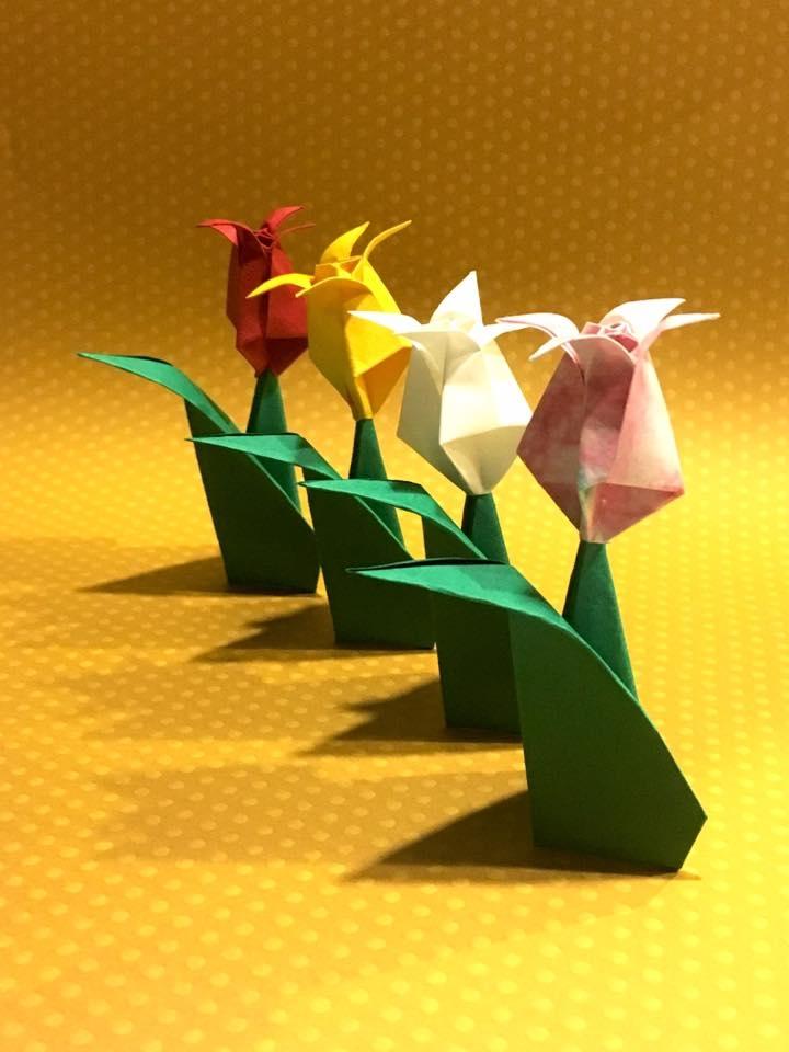折り紙体験のお知らせです♪ 「チューリップ」を折ろう! [ いいじ~コース(初級程度)]