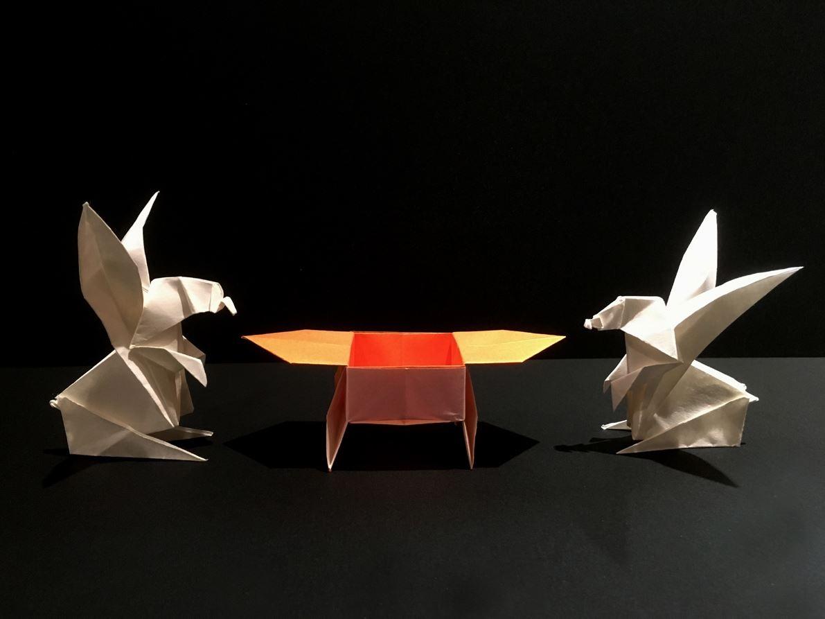 紙モノ体験のお知らせです♪ 折り紙「ウサギとさんぼう」を折ろう!