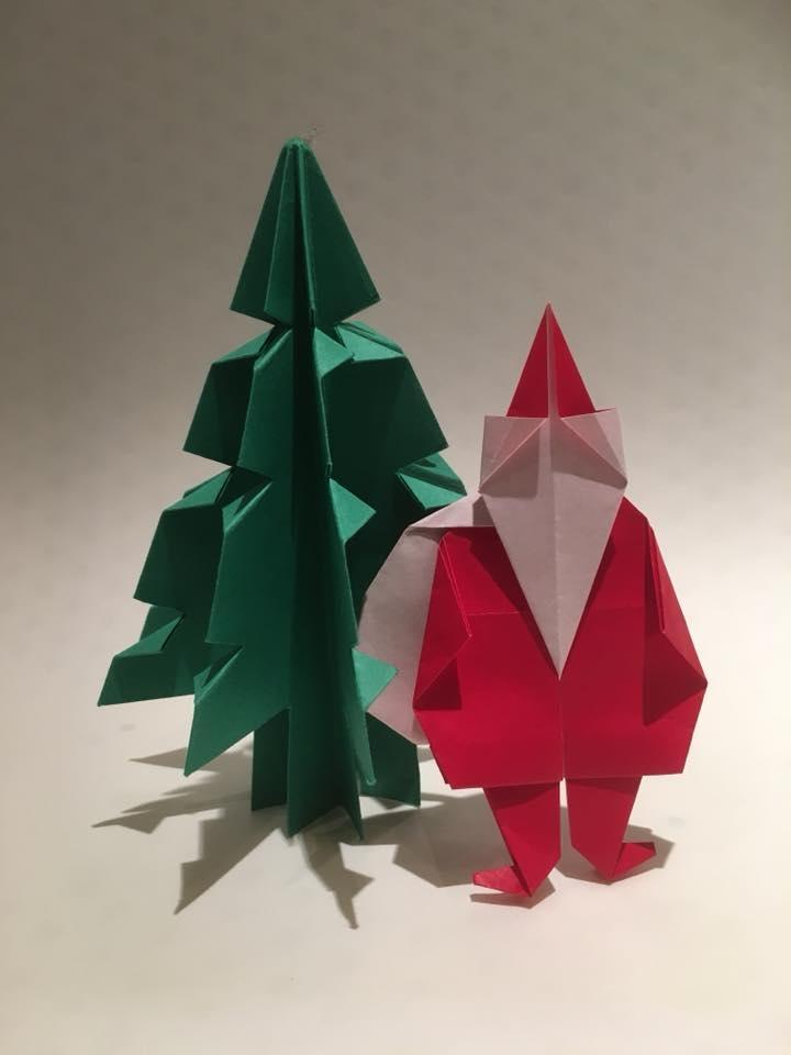 紙モノ体験のお知らせです♪ 折り紙「サンタと木」を折ろう!