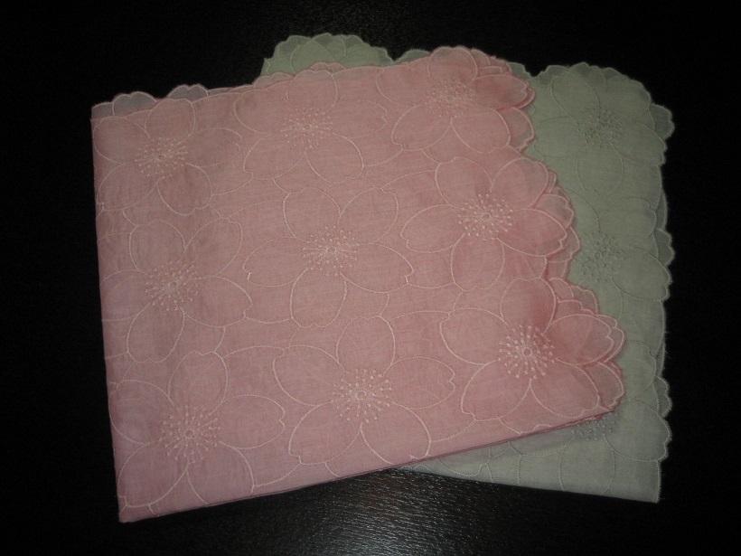 オリジナル桜染め綿レースハンカチ