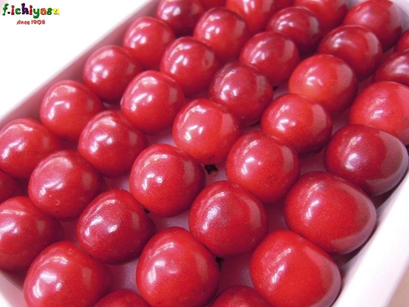 知る人ぞ知る「紅秀峰」(^^)v Today's Fruits ♪