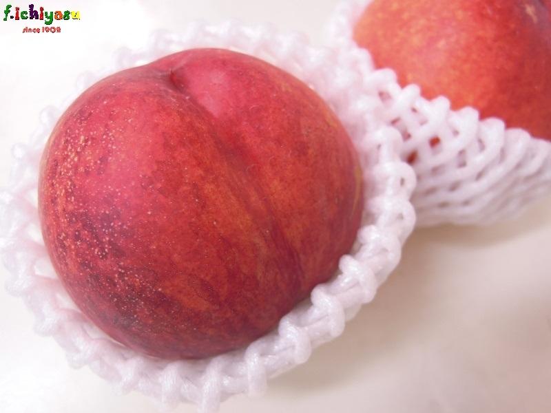 ネクタリンの美味しい季節です か(^^♪ Today's Fruits ♪