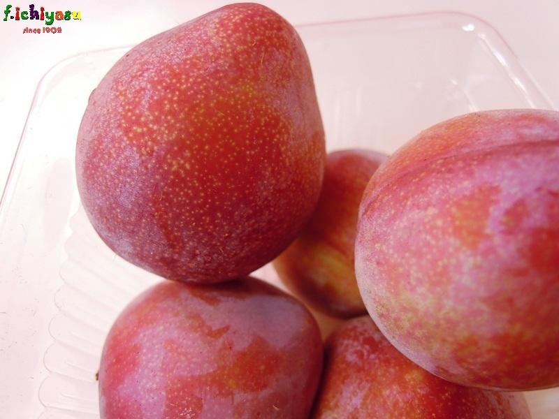 愛らしい李(すもも)なので「アイリ」 Today's Fruits ♪