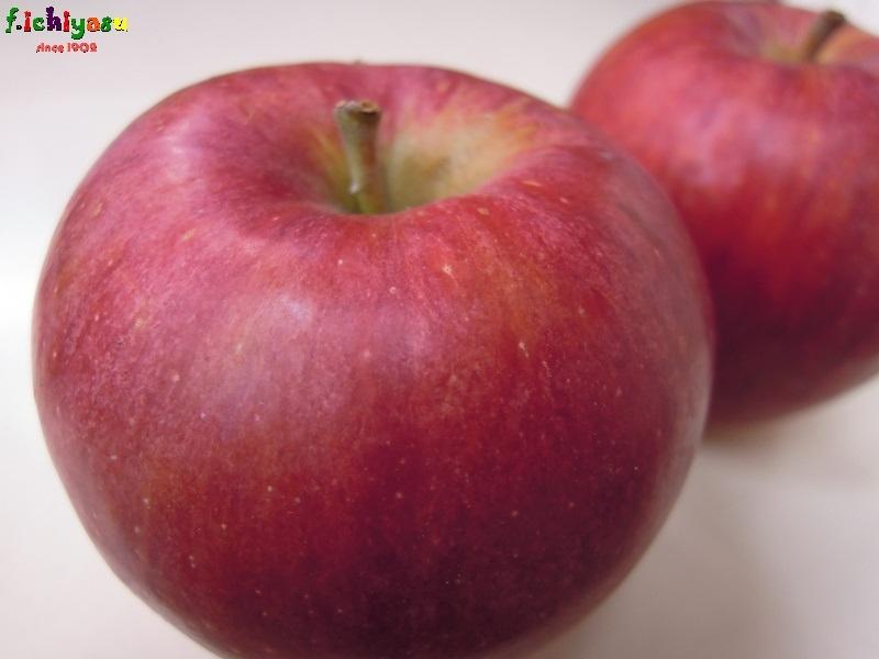 青森産でも「シナノレッド」w Today's Fruits ♪