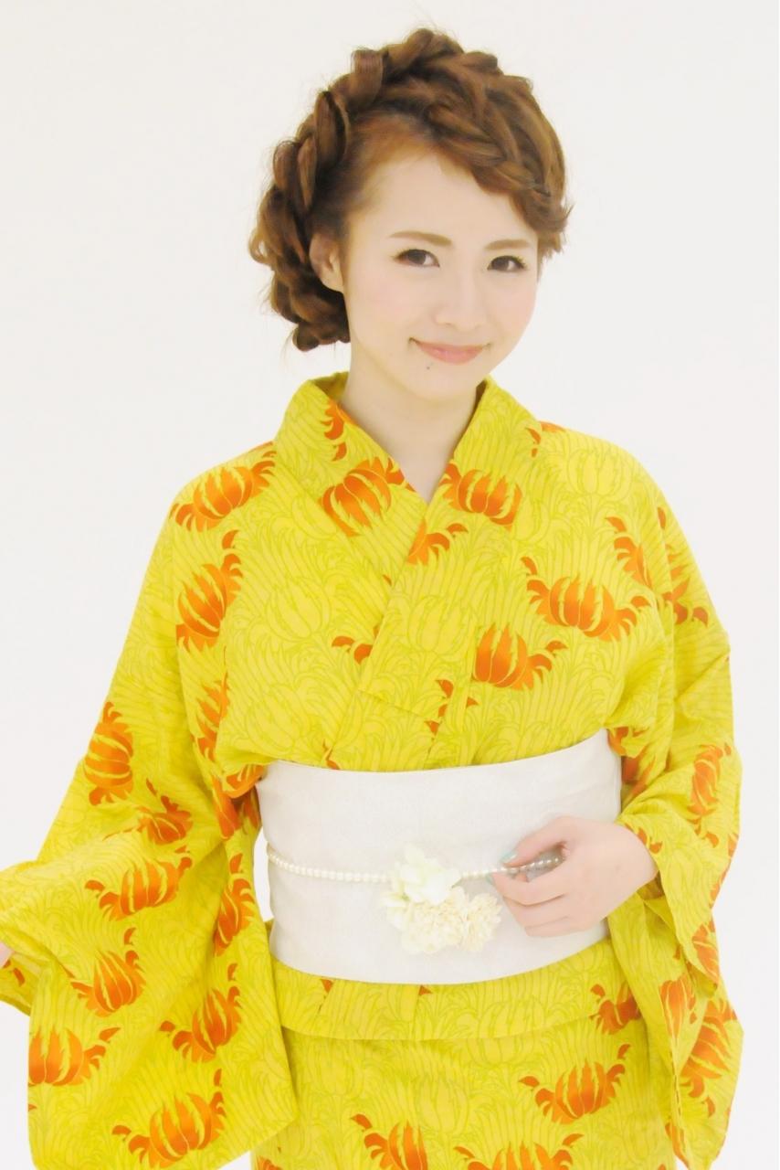 花火大会の浴衣着付けとヘアアレンジ