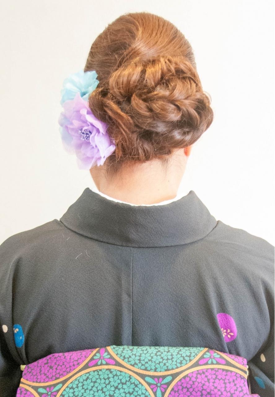 横浜桜木町にある結婚式の振袖 留袖着付けができる美容室