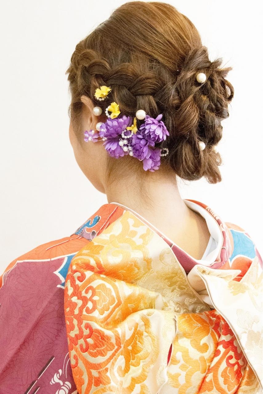 成人式の振袖着付けとヘアメイクアップ