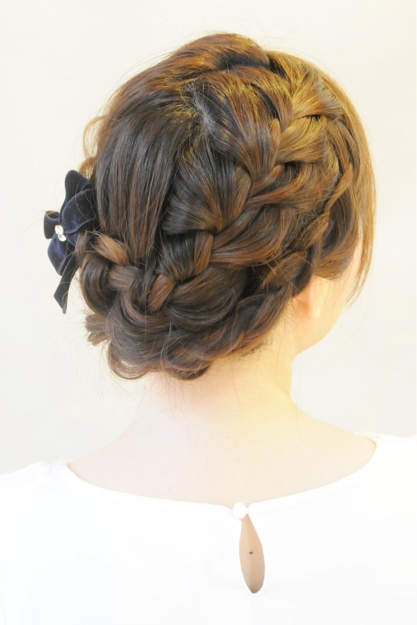 結婚式などのヘアメイクアップ