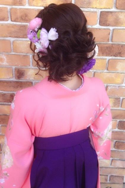 卒業式のヘアメイクアップと袴着付け