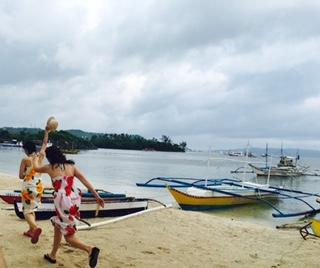 海辺で走る