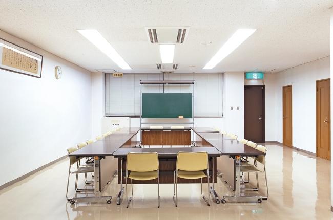 4F-第3会議室(25人)